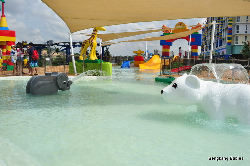 Legoland water park Duplo pool for toddlers