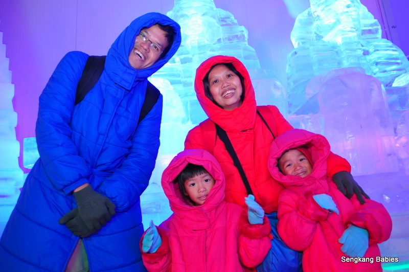 Winter wear for Ice art, Dress code for 2 degree ice art