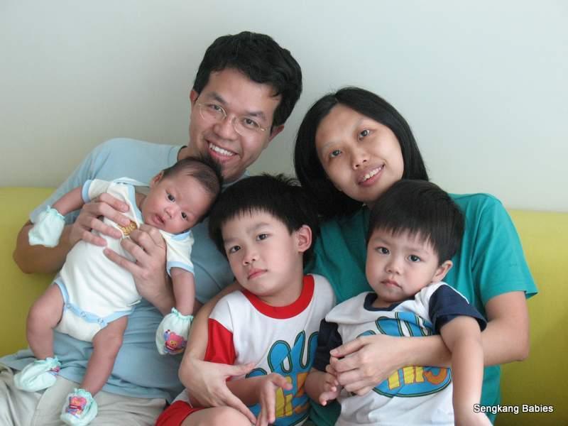 family3 IMG_3141