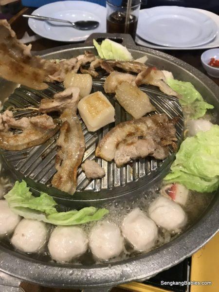 yummy Khao Kho Mookata