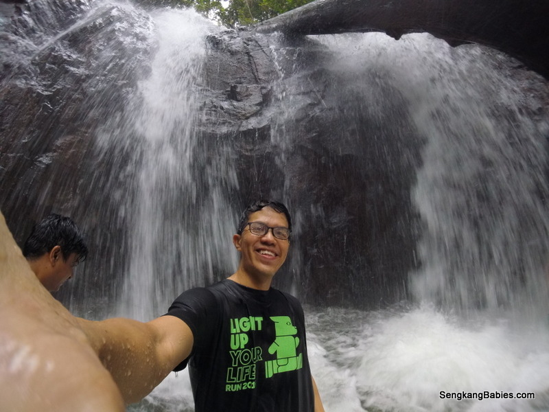 Fun hiking at Pelepah Waterfalls Gunung Pelepah
