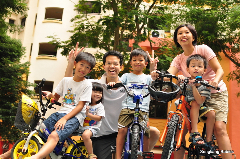 Cycling for kids, teaching kids how to cycle