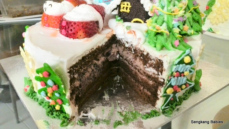 Prima Deli chocolate cake, Prima Deli christmas cake