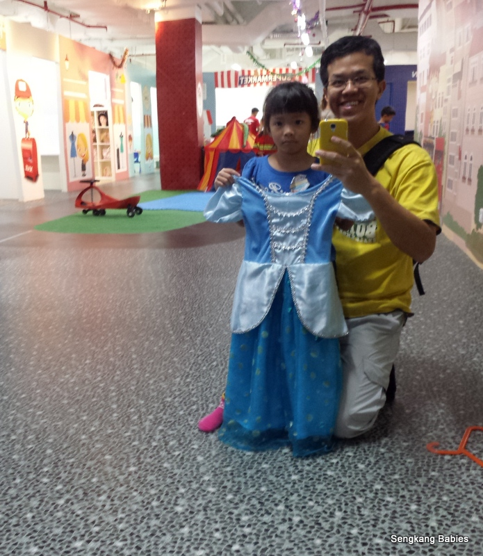 Cinderella costume for girl