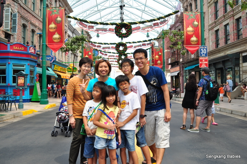 Snowy christmas Universal studios Singapore
