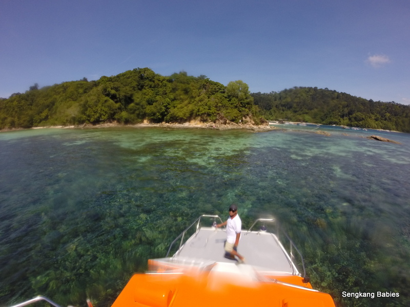 Twin Island hopping Sabah