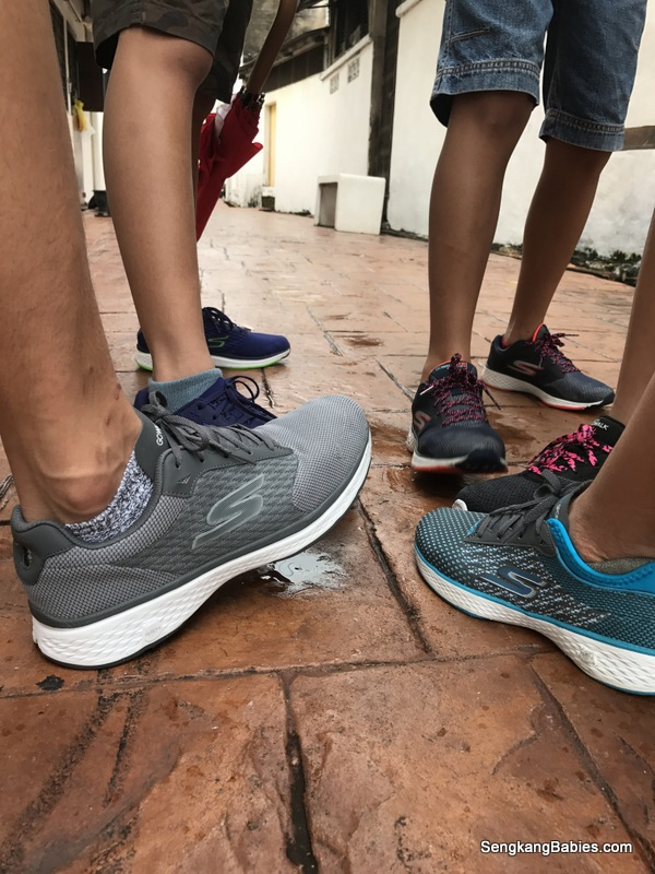 skechers go walk on feet